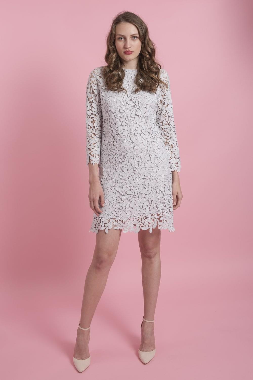 Vintage-Inspired Lace Dresses